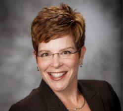 Jennifer Bierly Headshot