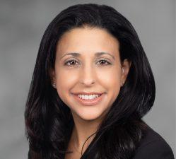 Lisa Mantella Headshot