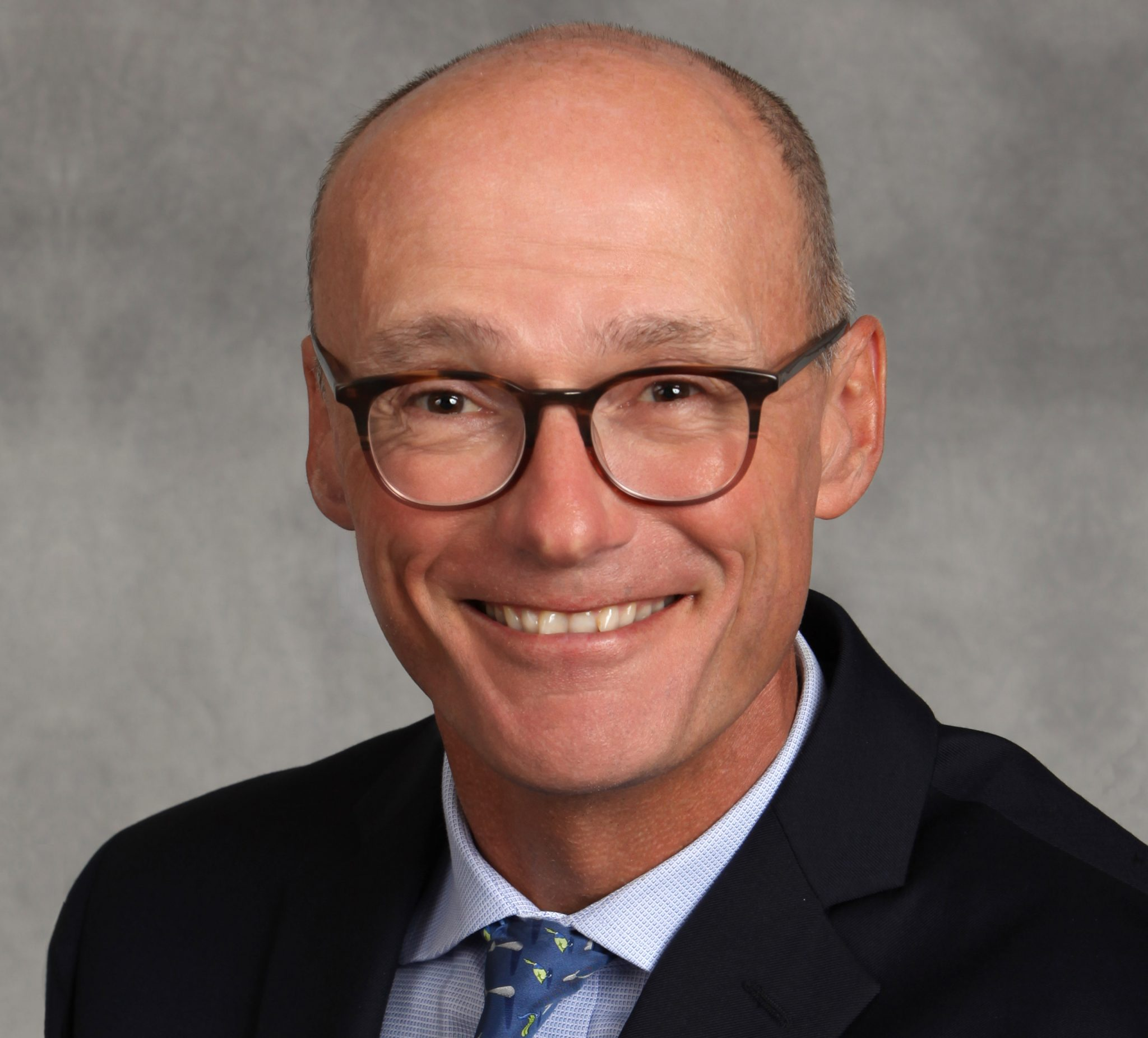 Daniel Mongan Headshot